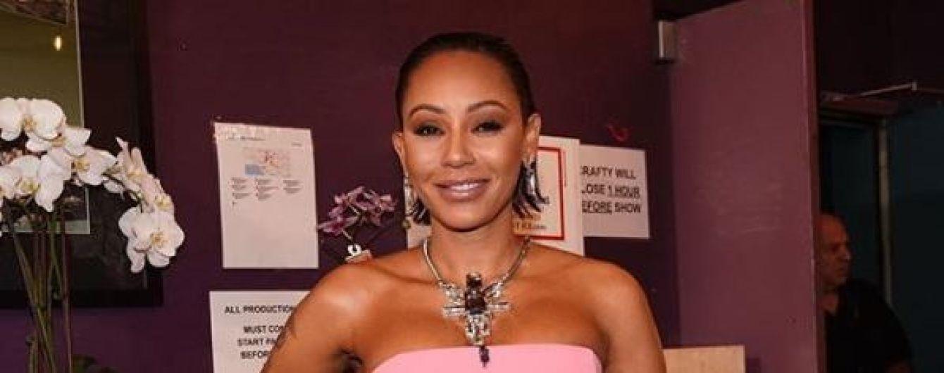 Учасниця Spice Girls Мел Бі розповіла, як випила 200 пігулок у спробі самогубства