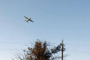 """""""Гул, свист, а потом – дым"""": очевидцы рассказали о крушении истребителя Су-27 и обнародовали фото"""