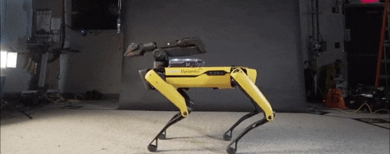 Тверк та місячна хода. Boston Dynamics навчили свого робота-пса запальним танцям