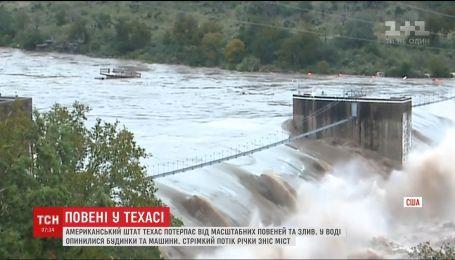 Техас страдает от масштабного наводнения и ливней