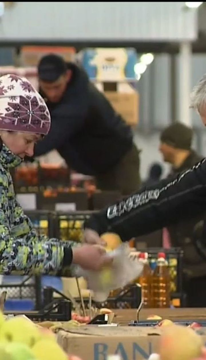 По меньшей мере половина украинцев живет за чертой бедности