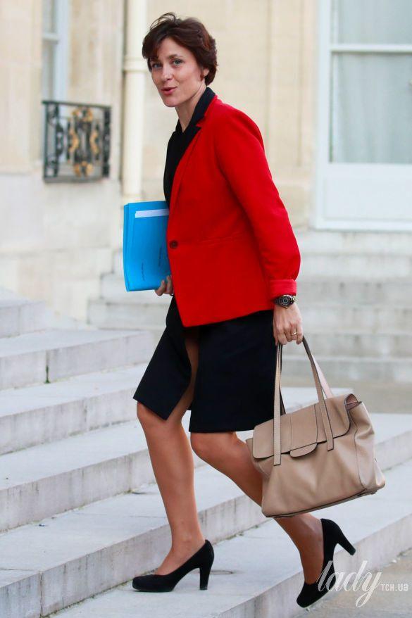 Младший министр здравоохранения Франции