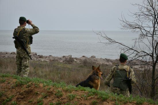 Через агресію у Керченській протоці Україна посилить охорону кордону з РФ та адмінмежі з окупованим Кримом