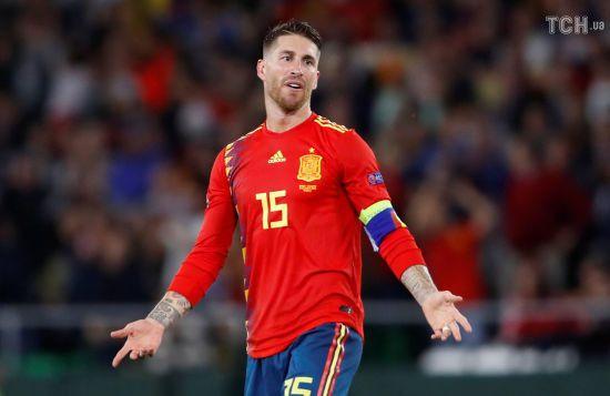 Рамос заступився за себе після критики через епізод зі Стерлінгом у матчі Іспанія - Англія