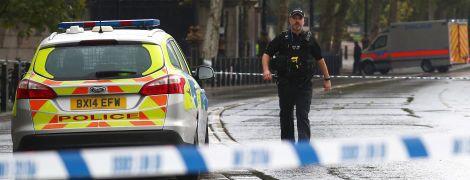 Біля британського парламенту виявили підозрілий пакунок – територію перекрито