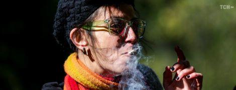 """Мало """"травички"""": у канадських магазинах закінчилася марихуана через кілька днів після легалізації"""