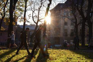 Осень продолжает дарить высокие градусы. Прогноз погоды в Украине на 18 октября