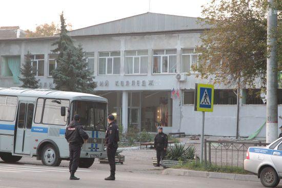 Бійня у Керчі: Росляков захоплювався серійними вбивцями та планував спалити коледж – ЗМІ