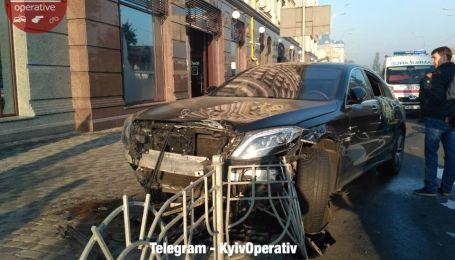З'явились нові деталі та відео з місця масштабної ДТП у Києві
