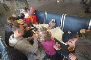В Bravo Airways объяснили, почему туристы застряли в Борисполе на половину суток