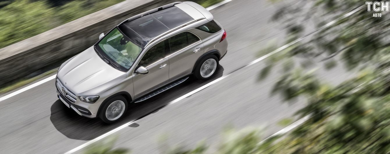 В Mercedes-Benz GLE добавят батарейки