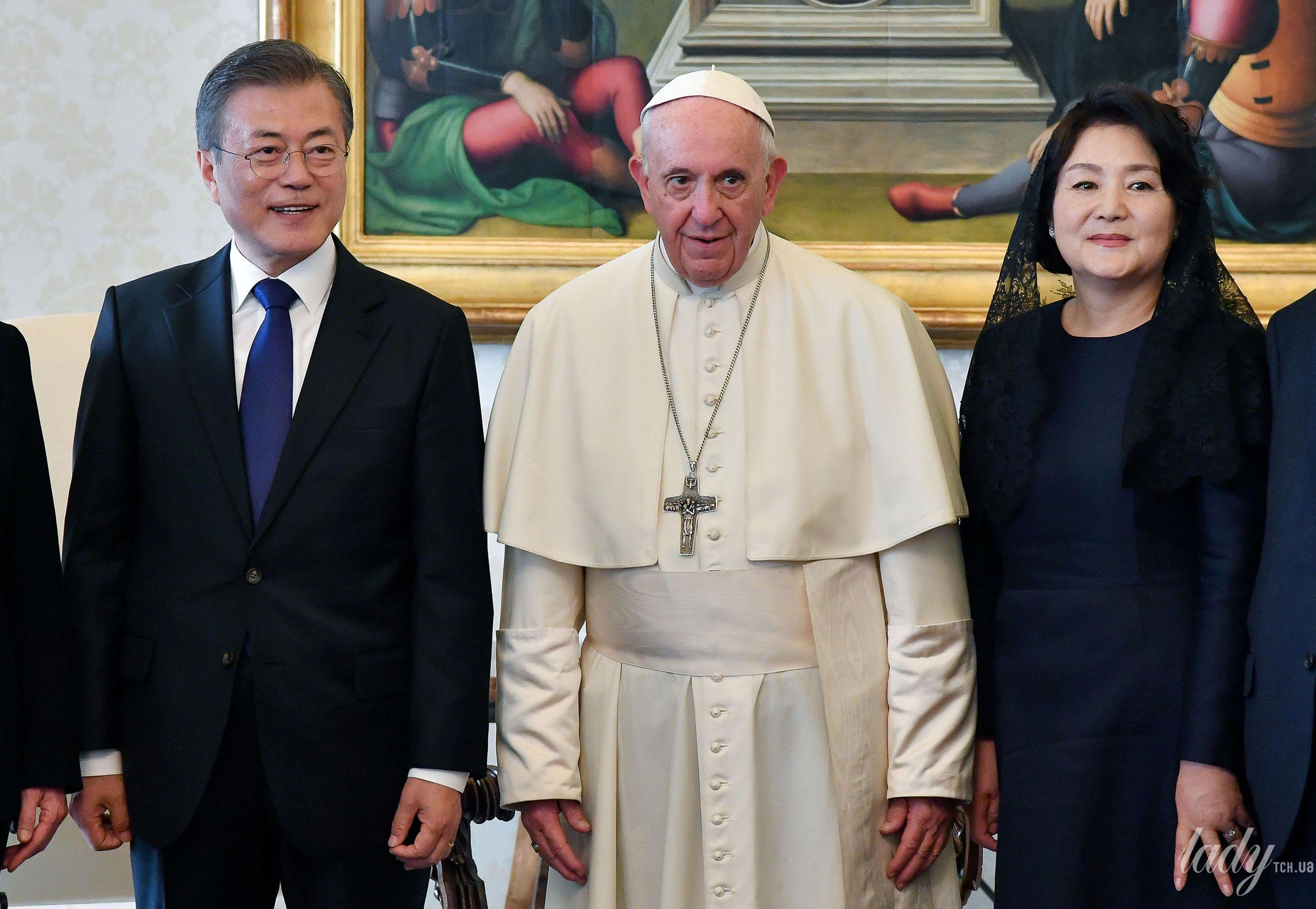 Президент Южной Кореи с супругой_2