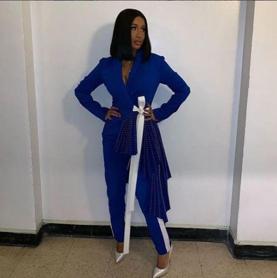 Співачка Карді Бі у стильному костюмі від української дизайнерки з'явилась на популярному ток-шоу
