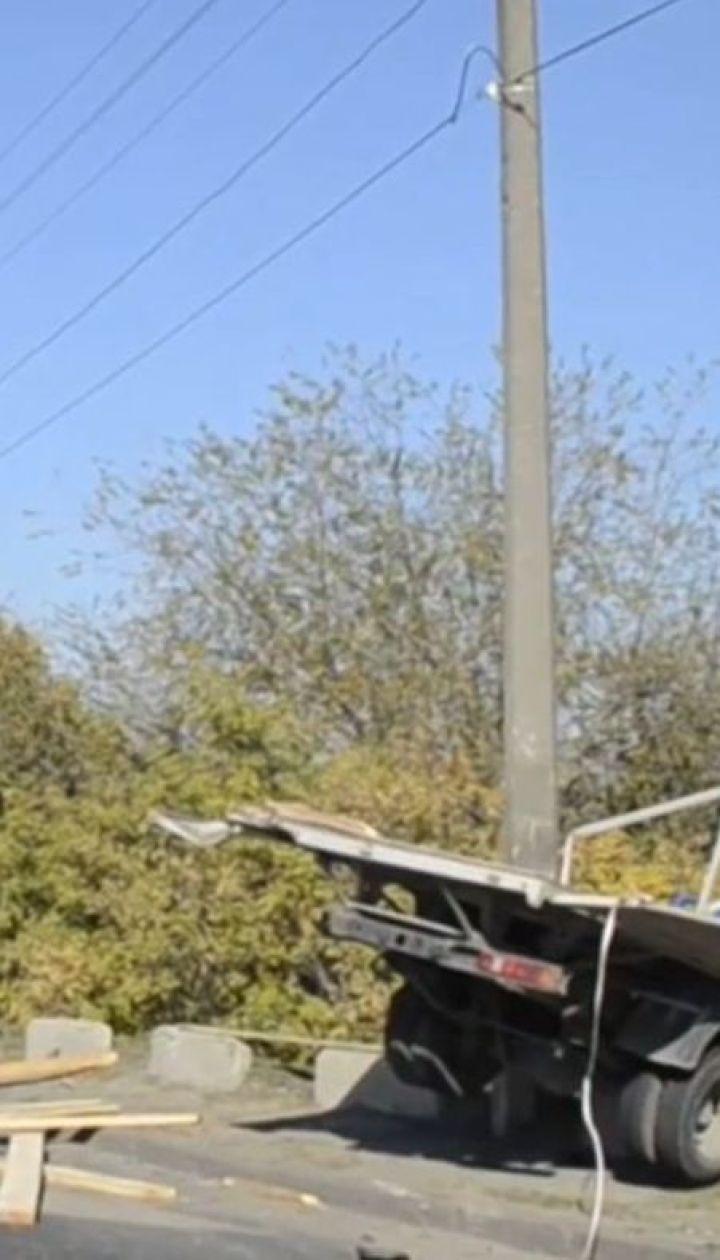 Масова ДТП у Дніпрі: одразу чотири автівки потрапили у аварію