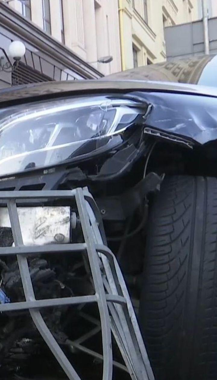 На столичному Подолі 20-річний водій спричинив масштабну аварію