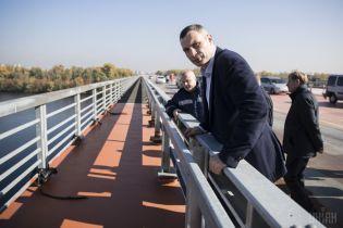 Кличко обіцяє збудувати дві лікарні у Києві