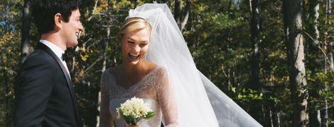 Невеста в платье от Dior: Карли Клосс вышла замуж за Джошуа Кушнера