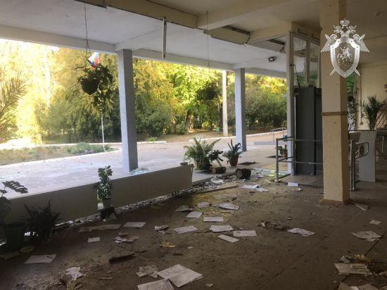 Слідком РФ опублікував фото та відео слідчих дій з середини керченського коледжу
