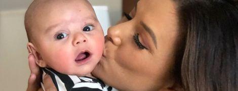 Светится от счастья: Ева Лонгория рассказала, что чувствует после рождения сына