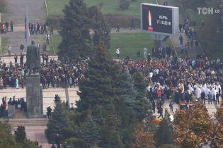 Кривава стрілянина: потерпілі продовжують звертатися за допомогою після атаки на коледж в Керчі