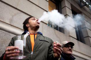 Дослідники виявили негативний вплив марихуани на ситуацію на дорогах