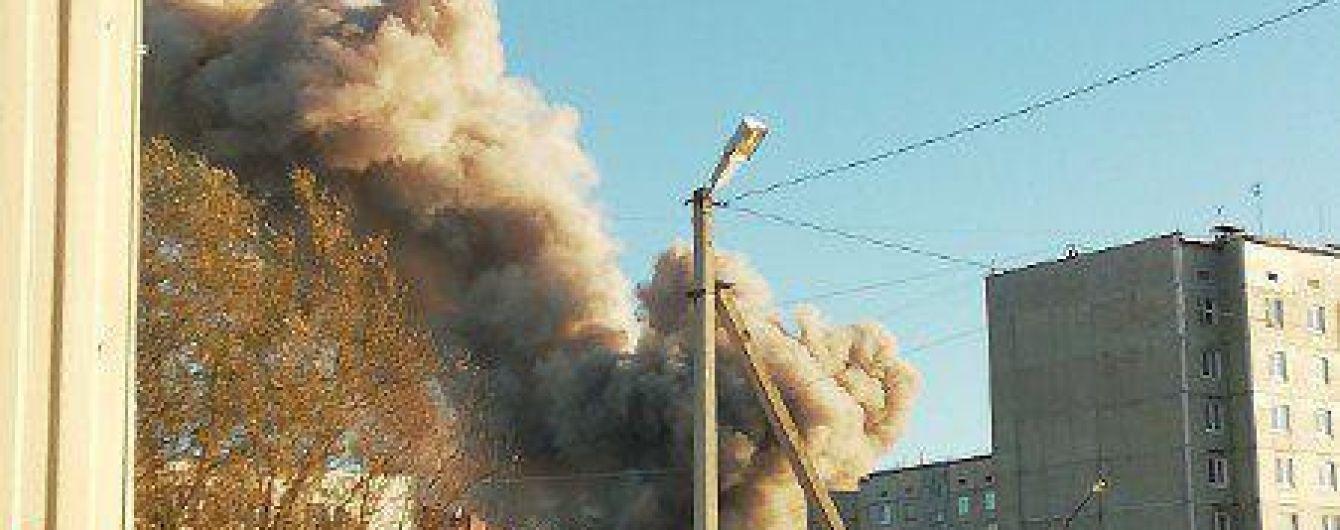 Увеличилось количество жертв мощного взрыва на заводе пиротехники в России