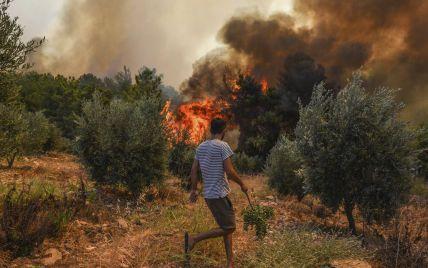 Турция в огне: число погибших возросло до шести, мощный огонь распространяется по новым территориям