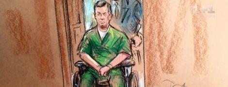У робі та в інвалідному візку: Манафорт у незвичному вигляді з'явився в американському суді
