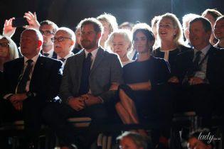"""В платье от Stella McCartney и новых серьгах: герцогиня Меган и принц Гарри на церемонии открытия """"Игр Непокоренных"""""""