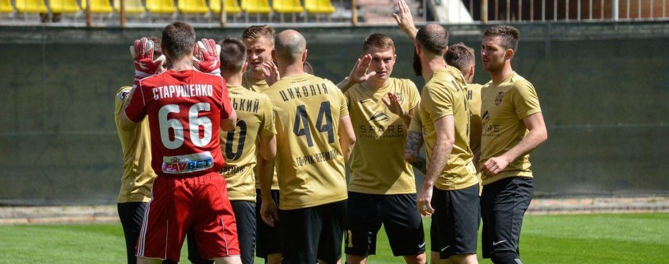 Двое украинских клубов находятся на грани исчезновения