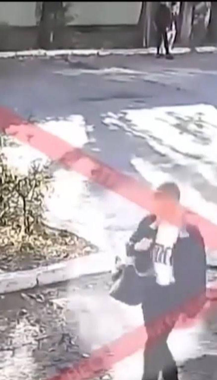 Из соцсетей удаляют видео, на котором керченский стрелок расстреливает людей