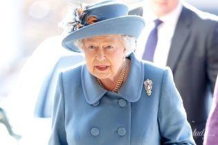 Як завжди, розкішна: 92-річна королева Єлизавета II на урочистому заході