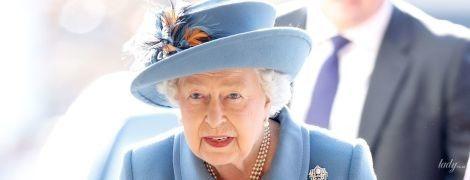 Как всегда, роскошна: 92-летняя королева Елизавета II на торжественном мероприятии