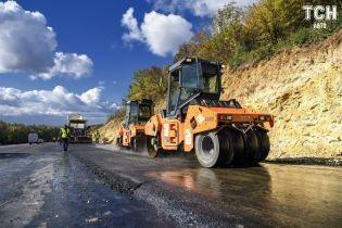 Новак розповів про тотальний ремонт траси Бориспіль – Маріуполь