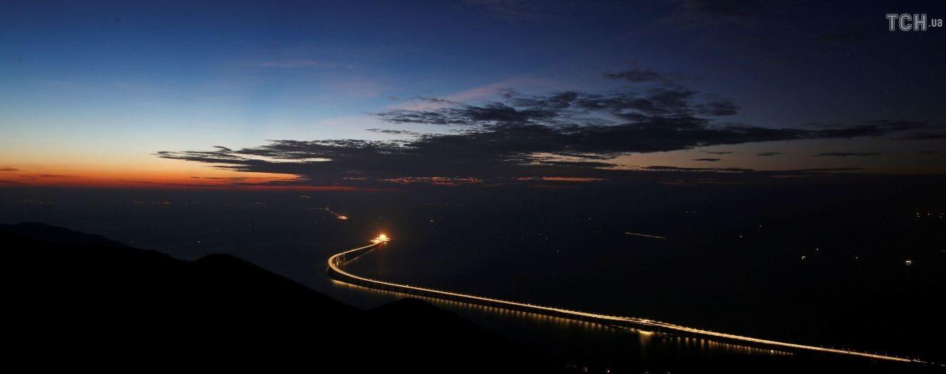 В Китае официально открыли самый длинный в мире морской мост