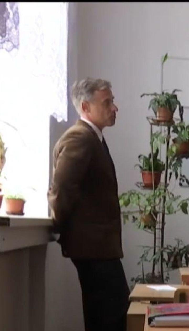 """Восьмиклассник обвиняет учителя в наказании за """"Слава Украине"""""""