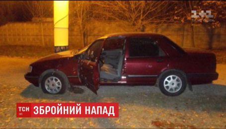 На Сумщине расстреляли автомобиль одного из руководителей фирмы, занимающейся охраной нефтепроводов