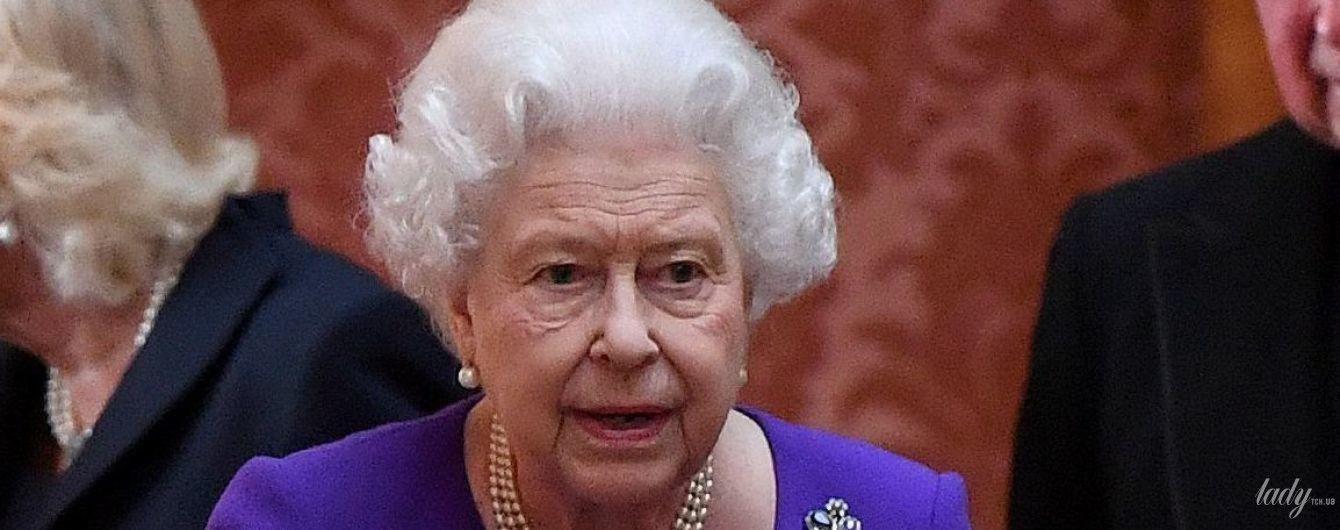 Как ей это удается: 92-летняя королева Елизавета II продемонстрировала идеальную укладку