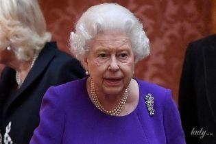 Як їй це вдається: 92-річна королева Єлизавета II продемонструвала ідеальну укладку