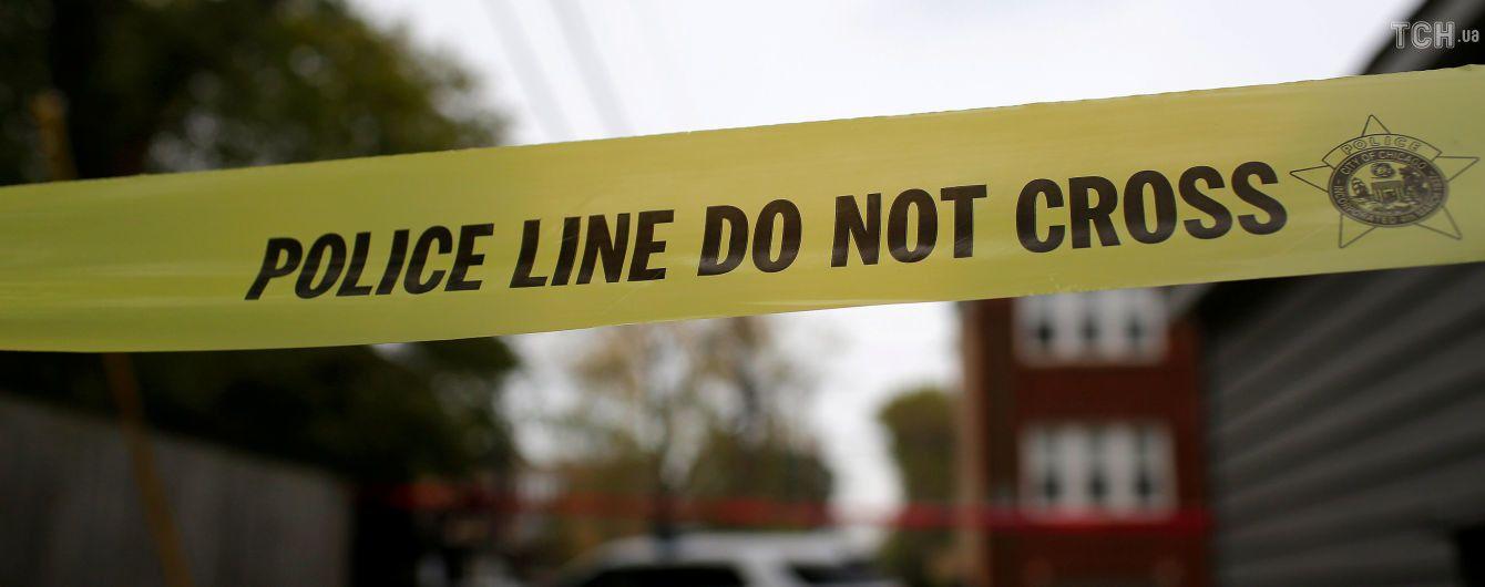 На сході США юнак відкрив вогонь просто в школі й вбив учня