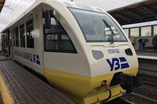 """Экспресс на Борисполь сломался, потому что """"новой"""" технике более десяти лет – железнодорожник"""