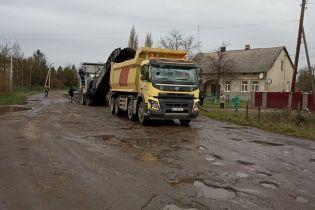 Цьогоріч в Україні виділили рекордну суму на дороги - Омелян