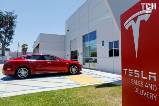 Tesla заявила про прибутки від продажів Model 3