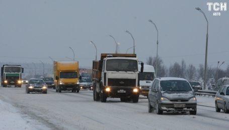 В Украине на автомобили заставят клеить радиочастотные метки о техконтроле