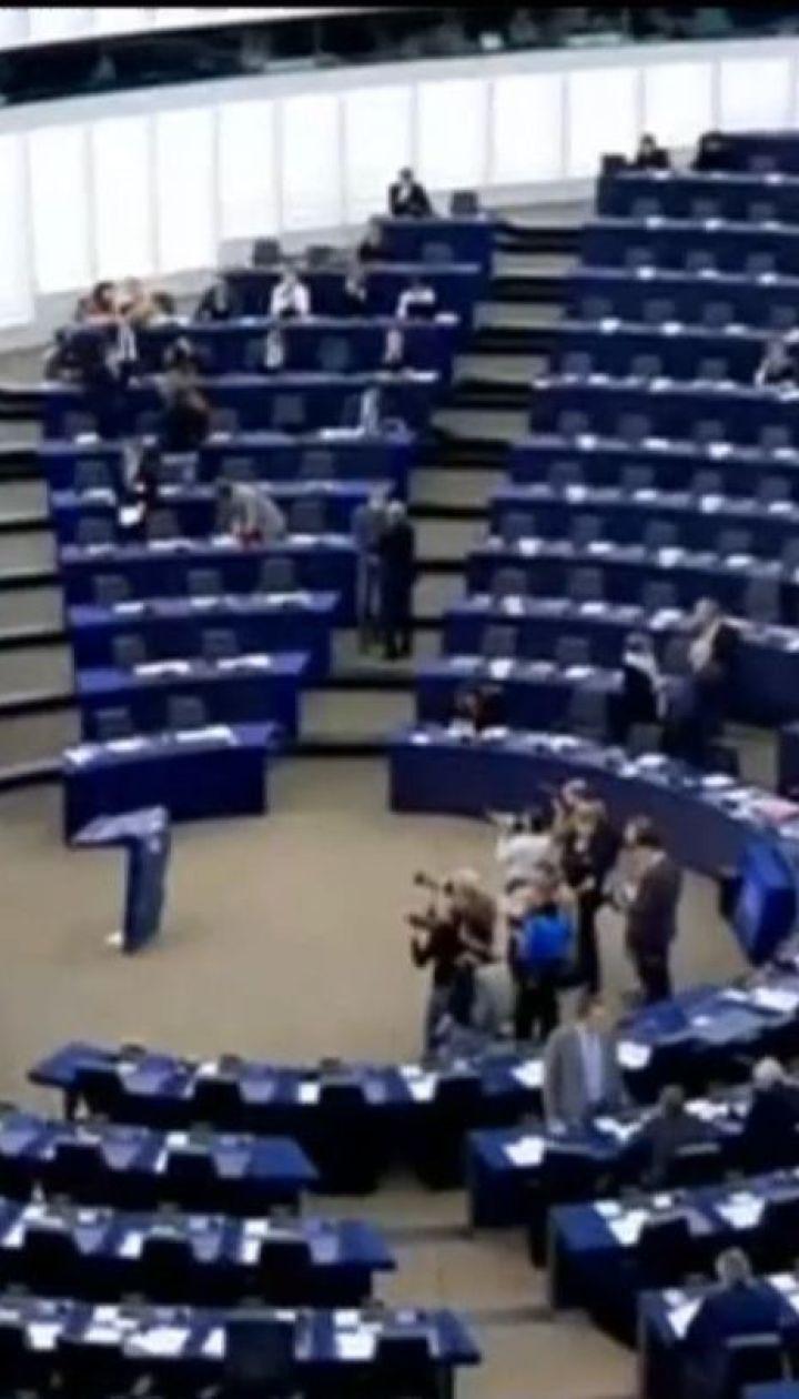 Європарламент запровадить нові санкції проти Росії у разі подальшого загострення на Азові