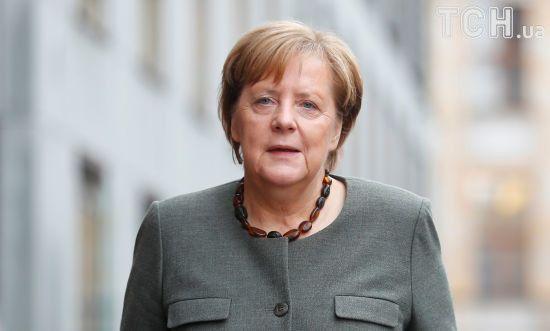 Меркель їде до Києва. У німецькому уряді розповіли, які питання будуть обговорені з Порошенком