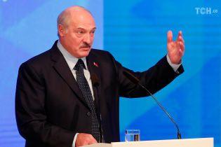 """""""Прекратить братоубийственную войну"""". Лукашенко заявил о готовности включиться в конфликт на Донбассе"""