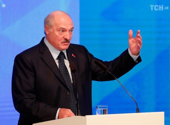 Нижче власної гідності: Лукашенко звинуватив росЗМІ у перекручуванні його слів щодо вибачень перед Путіним
