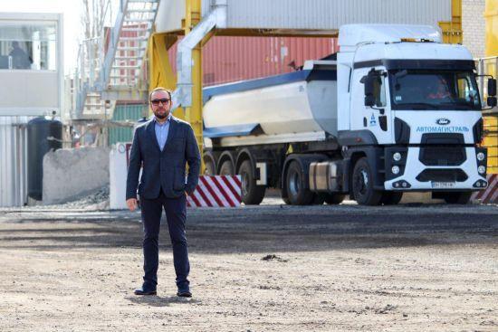 """В Україні відремонтували 3,5 тис. км доріг, найбільше зробила """"Автомагістраль-Південь"""""""