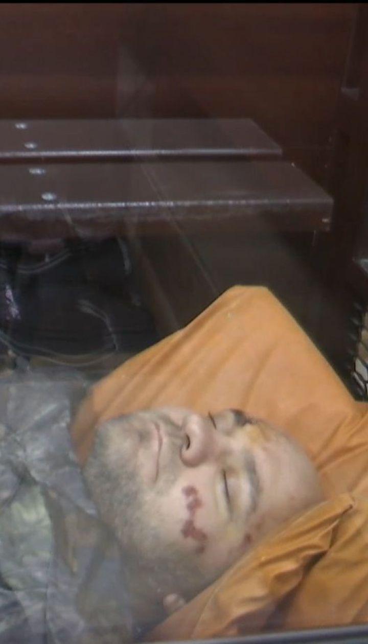 Роман Нікіфоров, якого підозрюють в утриманні в рабстві в'єтнамців, заснув у залі суду